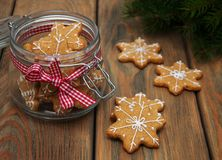 De peperkoekkoekjes van Kerstmis Stock Foto's