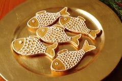 De peperkoekvissen van Kerstmis stock afbeeldingen