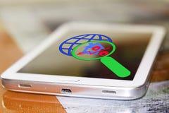 De percenten ondertekenen en planeten op het uw telefoonscherm Royalty-vrije Stock Foto's