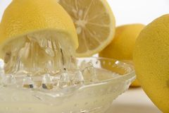 De pers van de citroen stock fotografie