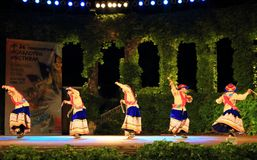 De Peruviaanse dansers die spectaculaire dans uitvoeren tonen Royalty-vrije Stock Foto's