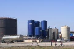 De petrochemische industrie stock afbeeldingen