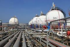 De petrochemische tank van de gasopslag Royalty-vrije Stock Fotografie