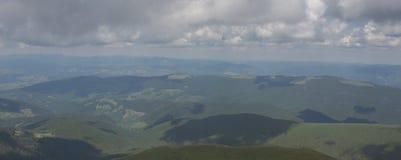 De Petros e de Hoverla para estalar Ivan no cume montenegrino fotografia de stock