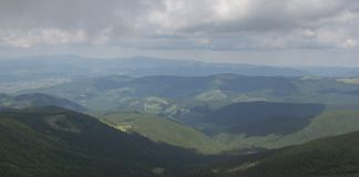 De Petros e de Hoverla para estalar Ivan no cume montenegrino imagem de stock
