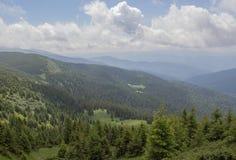 De Petros e de Hoverla para estalar Ivan no cume montenegrino imagens de stock