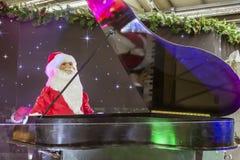 De Piano van de kerstman royalty-vrije stock foto