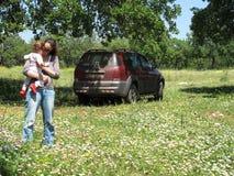 De Picknick en de Auto van de familie Royalty-vrije Stock Foto