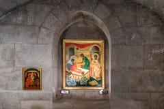 De pictogrammen hangen op de muur in de gebedruimte in het hol in de Kerk van Heilige Anne dichtbij Pools van Bethesda in de oude royalty-vrije stock afbeelding
