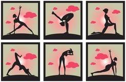 De pictogrammen plaatsen Silhouet van een mooie vrouw van de Yoga in de ochtend Po Royalty-vrije Stock Afbeeldingen