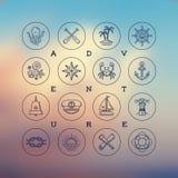 De pictogrammen van de lijntekening - reis, avonturen en zeevaarttekens Royalty-vrije Stock Foto