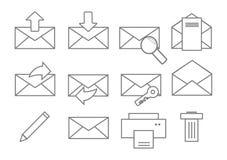 De pictogrammen van de post Gesloten geweeste en geopende envelop met verschillende tekens Royalty-vrije Stock Afbeelding