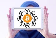 De pictogrammen van wereldmunten met cryptocurrency bitcoin Stock Afbeeldingen