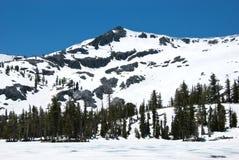 De Piek van Ralston die in Sneeuw wordt behandeld stock afbeelding