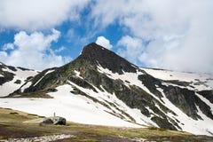 De piek van de Rilaberg in Bulgarije, Europa stock foto's