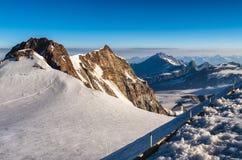 De pieken van de alp van margherita op monterosa gletsjer stock foto's