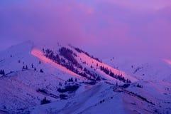 De Pieken van de berg stock afbeelding