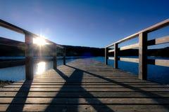 De pier in de zon royalty-vrije stock fotografie