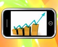 De pijl op Grafiek op Smartphone toont Verhoging vector illustratie
