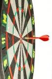 De pijlen van pijltjes in het doelcentrum Royalty-vrije Stock Afbeelding