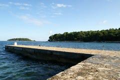 De pijler van de STEEN voor boten en jachten stock foto's