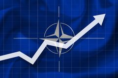 De pijlgroei omhoog op de achtergrond van de vlag van NAVO stock illustratie