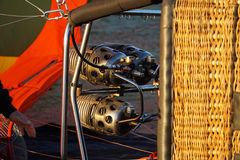 De Pijp en de Mand het Liggen van de luchtballon het Opblazen Royalty-vrije Stock Foto