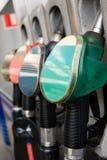 De pijpen van de benzinepomp Stock Fotografie