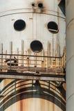 De pijpenmetallurgie van de rookschoorsteen fabrik in Arbed Luxemburg stock fotografie