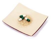De pillen van het dieet op plaat Royalty-vrije Stock Afbeeldingen