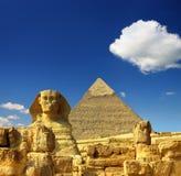 De piramide en de sfinx van Egypte Cheops Royalty-vrije Stock Foto's
