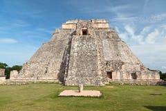 De piramide van Adivino in Uxmal, Mexico Stock Afbeeldingen