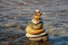 De piramide van de steen Stock Foto's