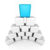 De piramide van het kubusblok met blauwe hoogste leider Stock Afbeelding