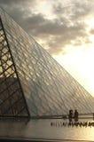 De Piramide van het Louvre Stock Foto