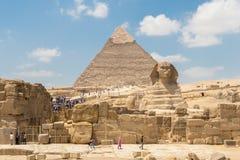 De piramide van Khafre en de Grote Sfinx van Giza royalty-vrije stock afbeeldingen
