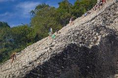 De Piramide van Nohochmul in de oude Mayan stad van Coba Royalty-vrije Stock Foto