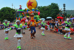 De pixar karakters van Disney op parade Royalty-vrije Stock Foto's