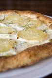 De Pizza van de Kaas van de aardappel Stock Afbeeldingen