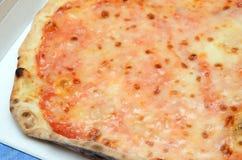 De pizza van Margherita Stock Afbeeldingen