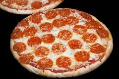De pizza van pepperonis royalty-vrije stock afbeeldingen