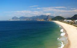 de plażowy krystaliczny morze Janeiro Niteroi Rio Obrazy Stock