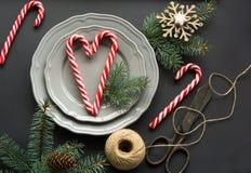 De plaats die van de Kerstmislijst op zwarte achtergrond plaatsen Royalty-vrije Stock Afbeelding