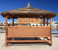 De plaats van de massage en blauwe hemel, Egypte. Stock Afbeeldingen