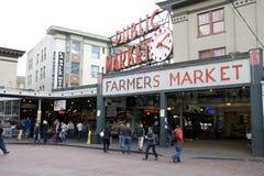 De plaats van de snoekenmarkt Seattle stock afbeeldingen