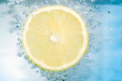 De plak van de citroen stock fotografie
