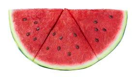 De plak van de watermeloendriehoek op witte achtergrond wordt geïsoleerd die Royalty-vrije Stock Afbeeldingen