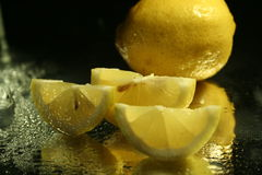 De plakken van citroenen Stock Foto's