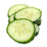 De Plakken van de komkommer op Witte Achtergrond worden geïsoleerdn die Royalty-vrije Stock Foto