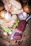 De plakken van de salami Stock Foto's